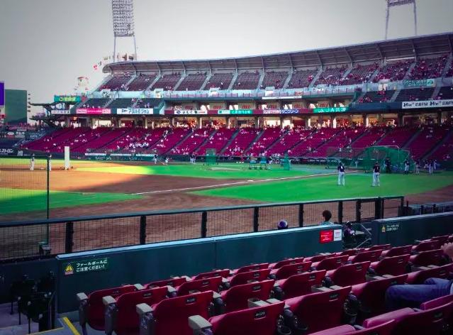 3塁側内野指定席Aの見え方の画像 【値段:3,600円程度】